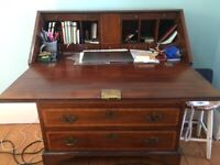Bureau cabinet with beautiful inlay and lockable drawers / compartments