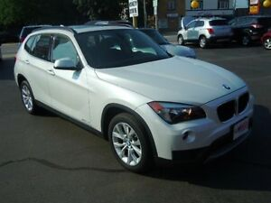 2013 BMW X1 XDRIVE- PANORAMIC SUNROOF, LEATHER HEATED SEATS, H