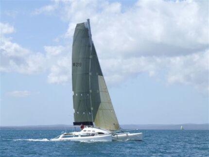 Catamaran 10m
