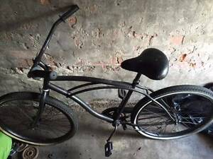 Cruiser Bicycle - (Do'er upper) Merewether Newcastle Area Preview