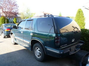 1 truck Blazer 4x4 all works well full load sold my bout and tr
