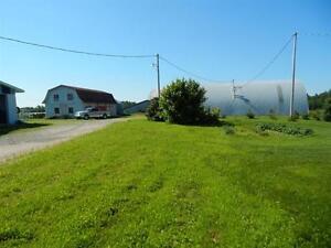 Maison a la campagne avec 2 garages. Lac-Saint-Jean Saguenay-Lac-Saint-Jean image 2