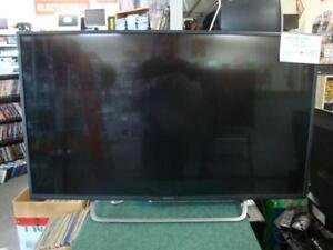 "Sony XBR49X700D 49"" Class 4K Ultra HD TV, Black with Remote Like NEW"