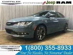 2015 Chrysler 200 S AWD LEATHER NAV SUN ROOF BACKUP CAMERA