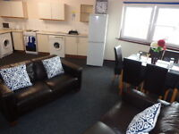 1 Constitution St, double rooms, free wi fi ,all en-suite