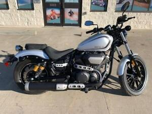 REDUCED!!!   MINT YAMAHA BOLT R-SPEC with ONLY 3200 KMS!!!