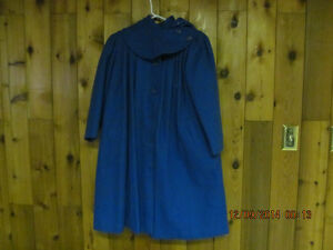 A STEAL AT $25.GIRLS OLD FASHIONED DRESSY WOOL COATS Prince George British Columbia image 6