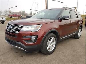 2016 Ford Explorer XLT Leather with 6 Seats Back up Camera