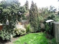 1 Bed pet friendly Maisonette in Dover House Road, Putney, London, SW15!!!