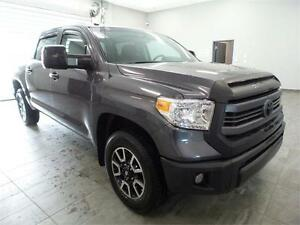 2015 Toyota Tundra SR5 *FINANCING AVAILABLE*