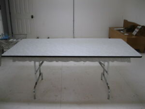 Nice Dining Table 6' long real good shape