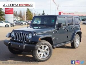 2016 Jeep Wrangler Unlimited Sahara. Low Kms. Clean Carproof. Re