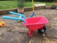 Kiddi wheelbarrow