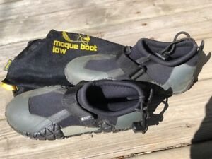 MEC Water Boots Size 6