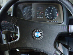 BMW 733i Chassis E23