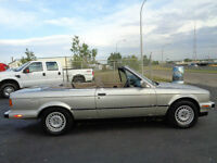 1989 BMW 3-Series 323i SPORT--Convertible--ONE OWNER--ONLY 185KM