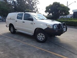 2011 Toyota Hilux KUN26R MY12 SR (4x4) 5 Speed Manual Dual Cab Pick-up Moorebank Liverpool Area Preview
