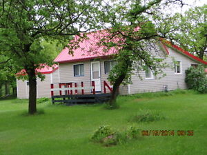 4 Season Cottage for sale in Matlock