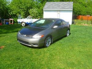 Honda Civic SI 2006 Summer car / Pas de hiver / Prend TDI Wagon