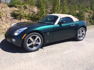 Pontiac Solstice Convertible-Low Kms-
