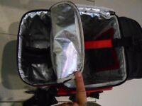 6PACK cooler bag 30L 3 compartments, with shoulder strap, black
