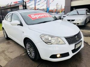 2011 Suzuki Kizashi FR XLS Pearl White 6 Speed Manual Sedan Brooklyn Brimbank Area Preview