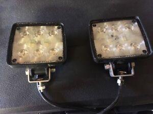 2 lumières DEL