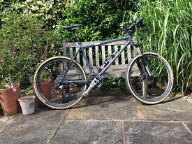 Sanderson Life steel hard tail mountain bike (MTB)