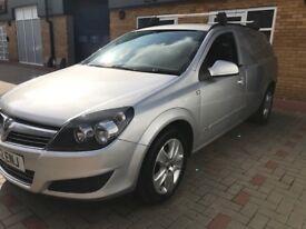 Vauxhall Astravan Sportive CDTI SILVER