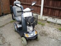 LOVELY KYMCO MIDI XLS MOBILITY SCOOTER WITH NEW BATTERIES FITTED