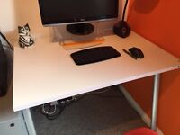 Small desk. Ideal for homework or working from home! 96cm wide x 67cm deep
