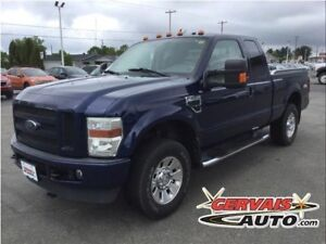 Ford F-250 FX4 XLT V8 4x4 MAGS Marche Pieds 2008