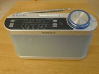 Radio 3 Band (LW, MW, FM) Portable analogue Roberts R9993