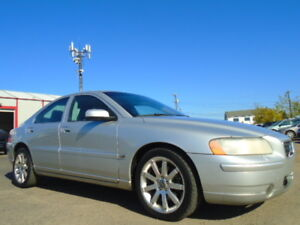 2006 VOLVO S60 2.5L TURBO---AWD---LEATHER-SUNROOF--CLEAN