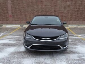 2015 Chrysler 200 LIMITED Accident Free,  Heated Seats,  Back-up