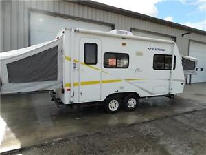 2005 Hybrid Travel Trailer. Fall finance special! Kitchener / Waterloo Kitchener Area image 2