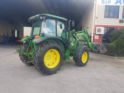 JOHN DEERE 5080r Tractor With Bucket Truganina Melton Area Preview
