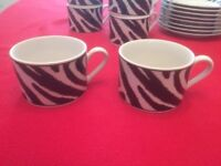 Black & White cup & saucer set