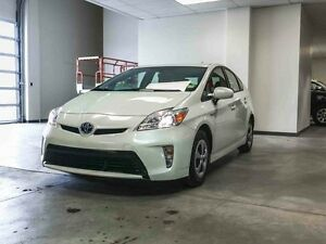 2014 Toyota Prius Touch Screen, Back Up Camera, Push Start, Hatc