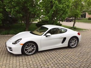 2014 Porsche Cayman Coupe (2 door)