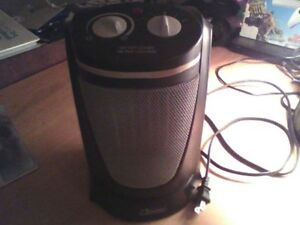 Garrison oscillating space heater