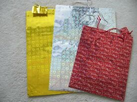 Christmas gift bags 3 bottle wine bags & 3 large gift bags red gold & silver metallic