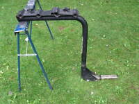 Frontier hitch mounted bicycle rack for car or truck
