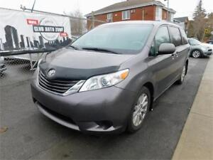 TOYOTA SIENNA LE AWD 2011 (AUTOMATIQUE BLUETOOTH)