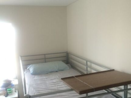 NICE AND CLEAN SHARE ROOM IN THE CITY Bundaberg Central Bundaberg City Preview