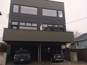 Available April 1st - Townhouse for Sublet or Lease Takeover