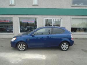 Hyundai Accent L 2009, Toute Équipée!!