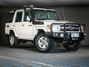 2016 Toyota Landcruiser VDJ76R GXL White 5 Speed Manual Wagon Maddington Gosnells Area Preview