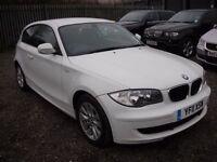 BMW 1 SERIES 2.0 116D ES 3d 114 BHP ECONOMICAL DIESEL - £ (white) 2011