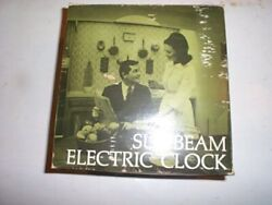 vtg Sunbeam Electric Kitchen wall clock KW208 Tropic Yellow Mid Century Modern